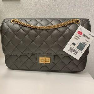 NWT Chanel 2.55 Reissue Bag Purse Silver Gold